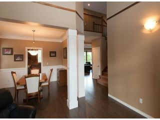 Photo 4: 6658 187A Street in Cloverdale: Cloverdale BC House for sale : MLS®# F1310470