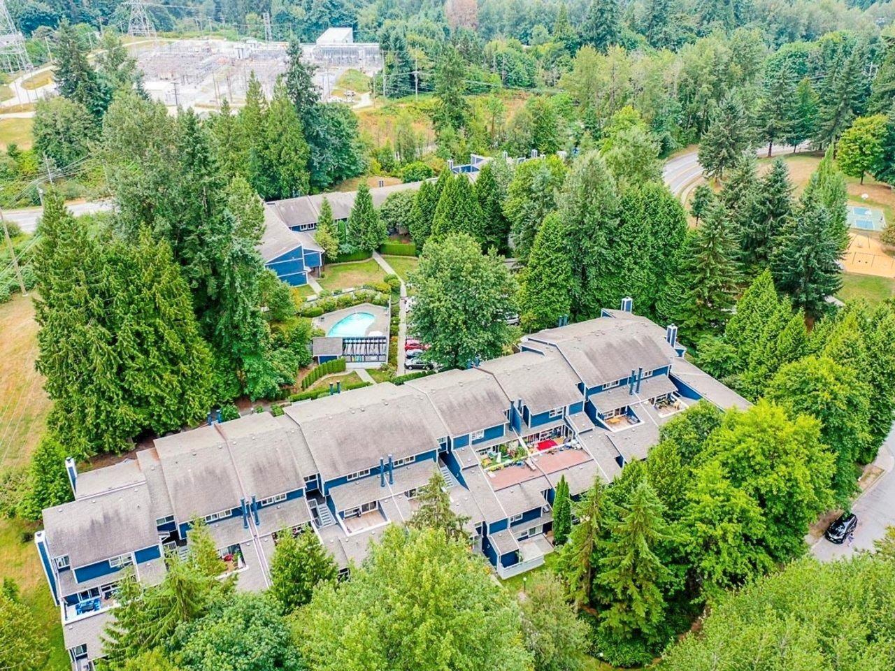 """Photo 27: Photos: 35 9101 FOREST GROVE Drive in Burnaby: Forest Hills BN Townhouse for sale in """"ROSSMOOR"""" (Burnaby North)  : MLS®# R2616608"""