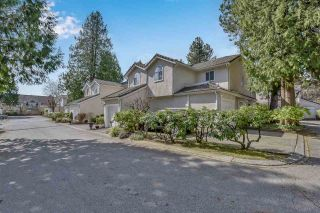 """Photo 3: 2 10074 154 Street in Surrey: Guildford Townhouse for sale in """"woodland grove"""" (North Surrey)  : MLS®# R2556855"""