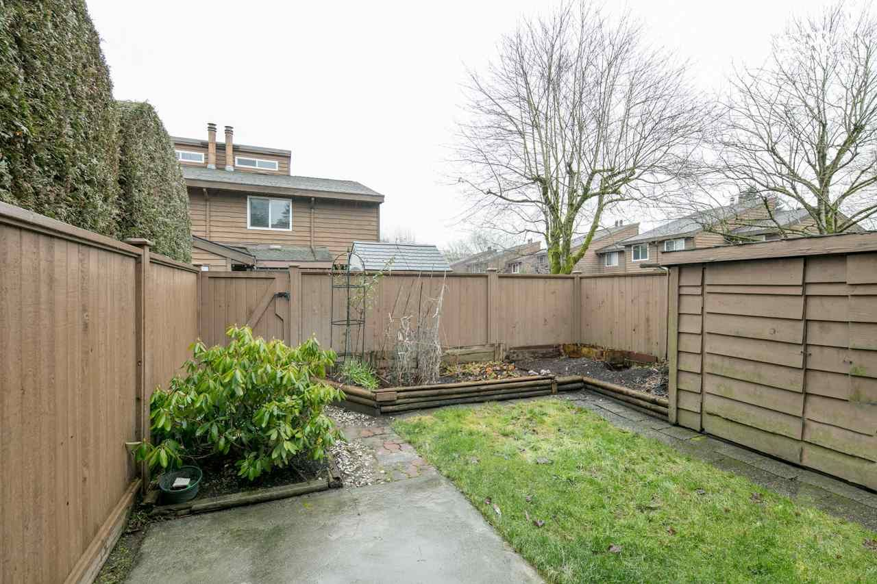"""Photo 2: Photos: 47 9111 NO. 5 Road in Richmond: Ironwood Townhouse for sale in """"KINGSWOOD DOWNES"""" : MLS®# R2258934"""