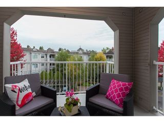"""Photo 19: 305 20896 57 Avenue in Langley: Langley City Condo for sale in """"BAYBERRY LANE"""" : MLS®# R2214120"""