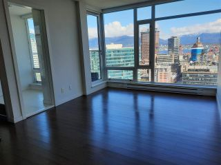 "Photo 6: 2301 161 W GEORGIA Street in Vancouver: Downtown VW Condo for sale in ""COSMO/DOWNTOWN"" (Vancouver West)  : MLS®# R2556752"