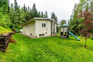 Photo 2: 3922 E KENWORTH Road in Prince George: Mount Alder House for sale (PG City North (Zone 73))  : MLS®# R2602587