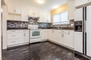 Photo 2: 1954 CATALINA Crescent in Abbotsford: Abbotsford West House for sale : MLS®# R2121545