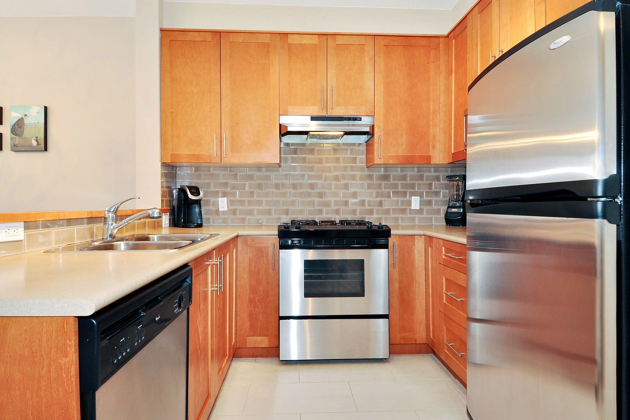 """Photo 7: Photos: 222 2083 W 33RD Avenue in Vancouver: Quilchena Condo for sale in """"DEVONSHIRE HOUSE"""" (Vancouver West)  : MLS®# R2341234"""