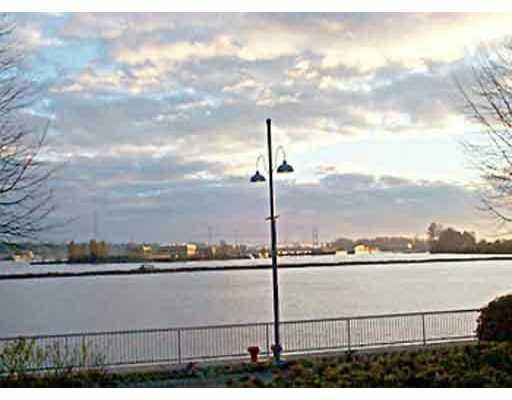 """Main Photo: 205 31 RELIANCE Court in New_Westminster: Quay Condo for sale in """"Quaywest"""" (New Westminster)  : MLS®# V690335"""