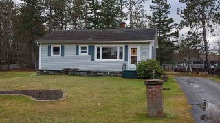 Photo 1: 368 PINE RIDGE Avenue in Kingston: 404-Kings County Residential for sale (Annapolis Valley)  : MLS®# 201926154