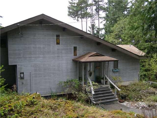 Photo 3: Photos: 512 ROCKMOYNE PL: Bowen Island House for sale : MLS®# V1024617