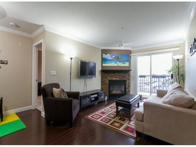 Photo 2: Photos: 414 5765 GLOVER Road in Langley: Langley City Condo for sale : MLS®# F1402300