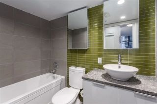 """Photo 11: 901 128 W CORDOVA Street in Vancouver: Downtown VW Condo for sale in """"WOODWARDS"""" (Vancouver West)  : MLS®# R2202808"""