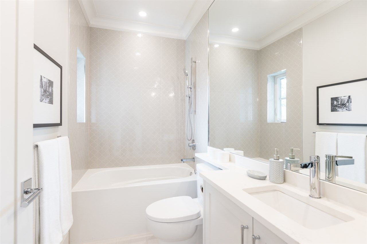 """Photo 21: Photos: 2816 W 30TH Avenue in Vancouver: MacKenzie Heights House for sale in """"MACKENZIE HEIGHTS"""" (Vancouver West)  : MLS®# R2456722"""
