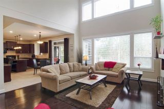 Photo 8: 2 22955 139A AVENUE in Maple Ridge: Silver Valley House for sale : MLS®# R2049615