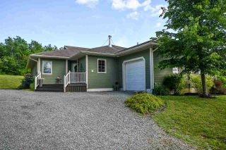 Photo 2: 669 Bog Road in Falmouth: 403-Hants County Residential for sale (Annapolis Valley)  : MLS®# 202013376