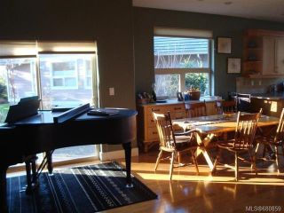 Photo 15: 122 2315 Suffolk Cres in COURTENAY: CV Crown Isle Row/Townhouse for sale (Comox Valley)  : MLS®# 680859