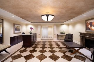 Photo 2: PH1 533 WATERS EDGE Crescent in West Vancouver: Park Royal Condo for sale : MLS®# R2573412