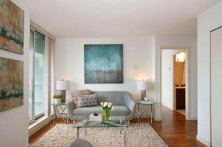 Photo 3: 909 1212 HOWE STREET in Vancouver: Downtown VW Condo for sale (Vancouver West)  : MLS®# R2387043