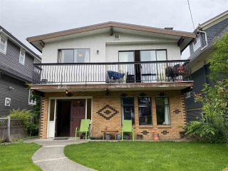 Main Photo: 1227 E 14TH Avenue in Vancouver: Mount Pleasant VE House for sale (Vancouver East)  : MLS®# R2464277