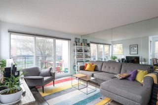 """Photo 1: 201 659 E 8 Avenue in Vancouver: Mount Pleasant VE Condo for sale in """"THE RIDGEMONT"""" (Vancouver East)  : MLS®# R2329365"""