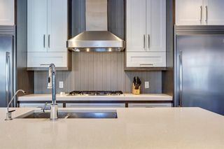 Photo 8: 18 ASPEN DALE Court SW in Calgary: Aspen Woods Detached for sale : MLS®# C4280812