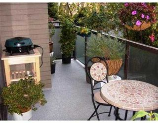 Photo 7: 207 1345 W 15TH AV in Vancouver: Fairview VW Condo for sale (Vancouver West)  : MLS®# V560588
