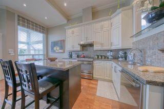 Photo 10: 1048 A DANSEY Avenue in Coquitlam: Central Coquitlam 1/2 Duplex for sale : MLS®# R2562405
