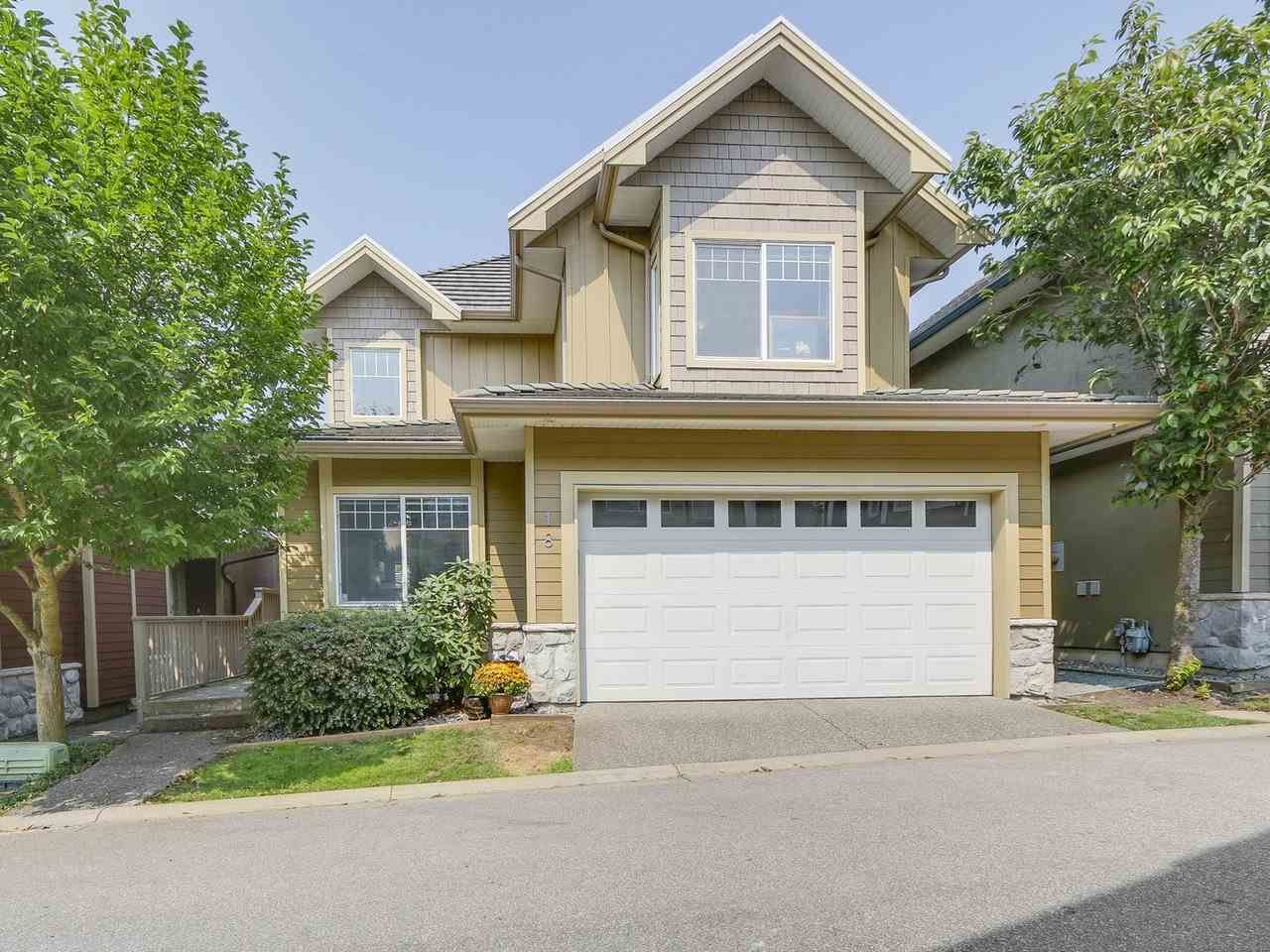 """Main Photo: 18 3363 ROSEMARY HEIGHTS Crescent in Surrey: Morgan Creek House for sale in """"Rockwell"""" (South Surrey White Rock)  : MLS®# R2195401"""