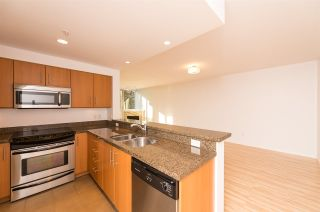 """Photo 11: 206 189 NATIONAL Avenue in Vancouver: Mount Pleasant VE Condo for sale in """"THE SUSSEX"""" (Vancouver East)  : MLS®# R2018042"""