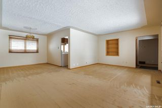 Photo 2: 59 Dolphin Bay in Regina: Whitmore Park Residential for sale : MLS®# SK844974