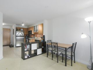 Photo 5: 301 2741 E HASTINGS STREET in Vancouver: Hastings Sunrise Condo for sale (Vancouver East)  : MLS®# R2388912