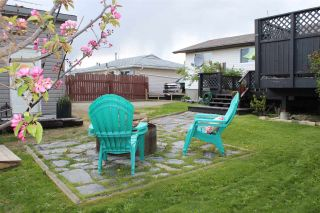 Photo 35: 31 MUNRO Crescent in Mackenzie: Mackenzie -Town House for sale (Mackenzie (Zone 69))  : MLS®# R2462403