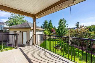 """Photo 36: 18160 60A Avenue in Surrey: Cloverdale BC House for sale in """"CLOVERDALE"""" (Cloverdale)  : MLS®# R2590172"""