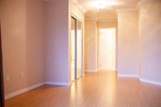 """Photo 16: 301 5375 205 Street in Langley: Langley City Condo for sale in """"GLENMONT PARK"""" : MLS®# R2426917"""