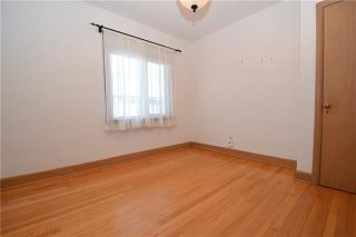 Photo 8: 831 Inkster Boulevard in Winnipeg: North End Residential for sale (4C)  : MLS®# 1831744
