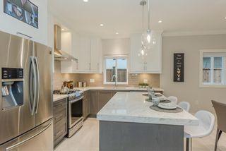 Photo 10: 6759 SPERLING Avenue in Burnaby: Upper Deer Lake 1/2 Duplex for sale (Burnaby South)  : MLS®# R2368777