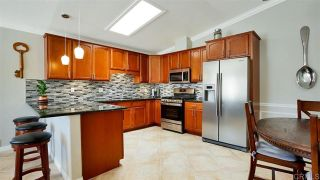 Photo 4: House for sale : 2 bedrooms : 2425 Teaberry Glen in Escondido