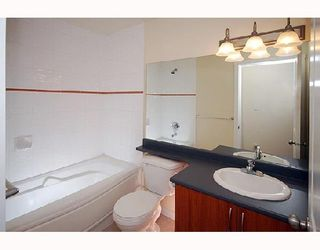 """Photo 4: 304 38003 SECOND Avenue in Squamish: Downtown SQ Condo for sale in """"SQUAMISH POINTE"""" : MLS®# V740694"""