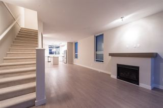 Photo 17: 38367 EAGLEWIND BOULEVARD in Squamish: Downtown SQ Townhouse for sale : MLS®# R2093553