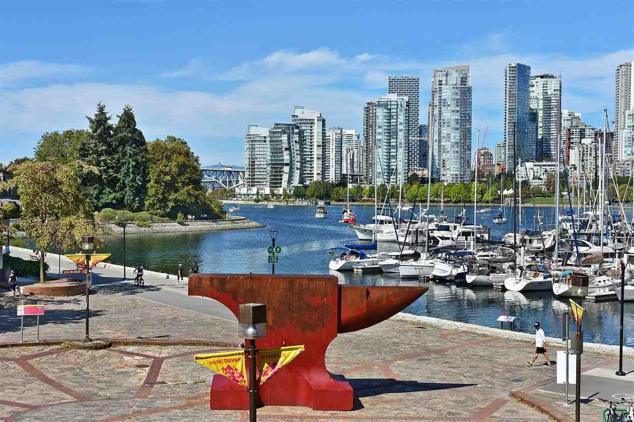 """Main Photo: 242 658 LEG IN BOOT Square in Vancouver: False Creek Condo for sale in """"HEATHER BAY QUAY"""" (Vancouver West)  : MLS®# R2404905"""
