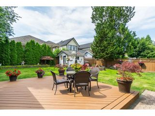 Photo 2: 15466 91A Avenue in Surrey: Fleetwood Tynehead House for sale : MLS®# R2389353