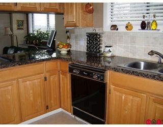 Photo 3: 7 14025 NICO WYND Place in Surrey: Elgin Chantrell Home for sale ()  : MLS®# F2806340