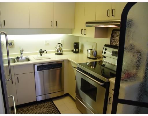"""Photo 5: Photos: 306 1188 CARDERO Street in Vancouver: West End VW Condo for sale in """"THE HAMPSTEAD"""" (Vancouver West)  : MLS®# V696316"""