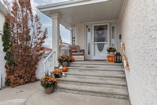 Photo 2: 6924 162 Avenue in Edmonton: Zone 28 House for sale : MLS®# E4266260