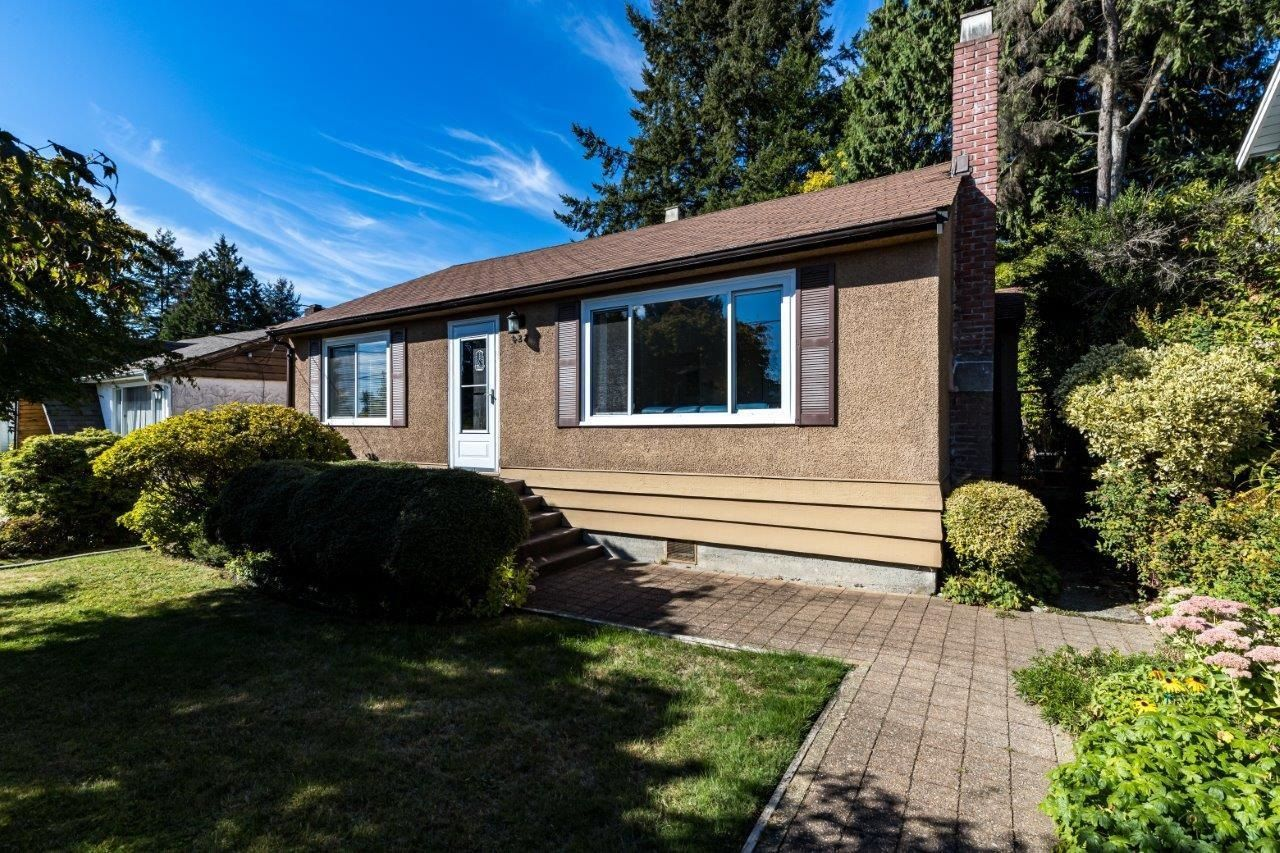 Main Photo: 428 W 28TH Street in North Vancouver: Upper Lonsdale House for sale : MLS®# R2616370