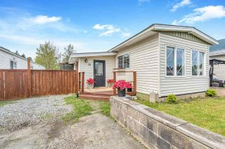 """Photo 2: 13 9267 SHOOK Road in Mission: Hatzic Manufactured Home for sale in """"Green Acres"""" : MLS®# R2574250"""