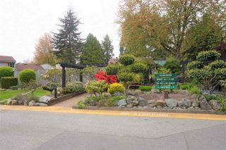 """Photo 20: 19203 FAIRWAY Drive in Surrey: Cloverdale BC Townhouse for sale in """"GREENSIDE  ESTATE"""" (Cloverdale)  : MLS®# R2539428"""
