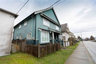 Photo 3: 3641 KNIGHT Street in Vancouver: Knight 1/2 Duplex for sale (Vancouver East)  : MLS®# R2532170