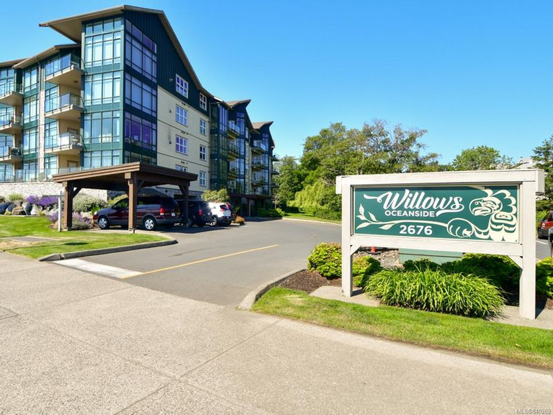 FEATURED LISTING: 404 - 2676 Island Hwy South CAMPBELL RIVER