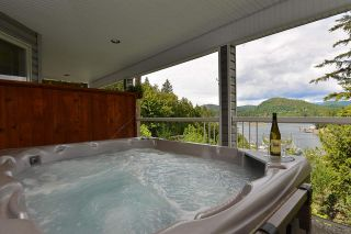 Photo 13: 5175 WESJAC Road in Madeira Park: Pender Harbour Egmont House for sale (Sunshine Coast)  : MLS®# R2356463