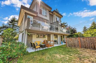 Photo 2: 102 944 DUNFORD Ave in : La Langford Proper Row/Townhouse for sale (Langford)  : MLS®# 850487