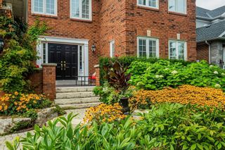 Photo 2: 16 Dalewood Drive in Richmond Hill: Bayview Hill House (2-Storey) for sale : MLS®# N5372335
